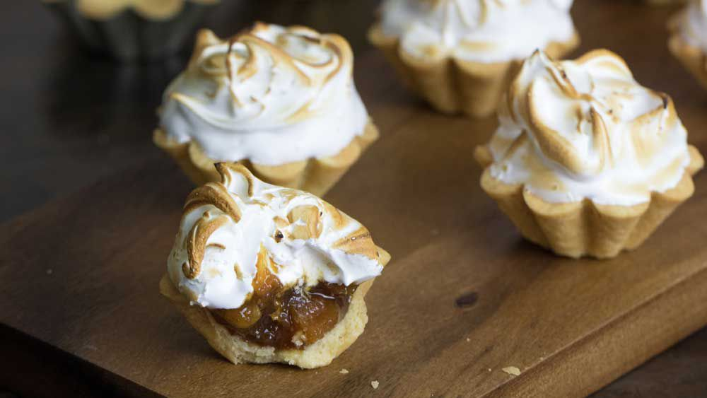Tropical fruit mince pies