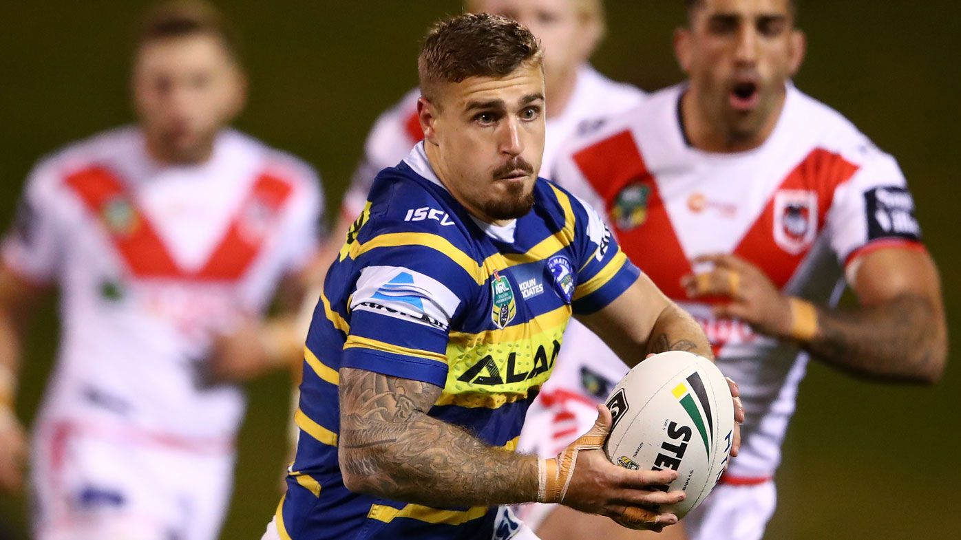 Clubless NRL hooker Cameron King retweets his CV after failing to get a start