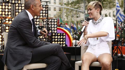 Miley attacks TV host's sex life in awkward interview: 'People stop having sex at 40'