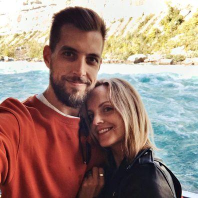 Mena Suvari, husband Michael Hope, pregnant, first baby