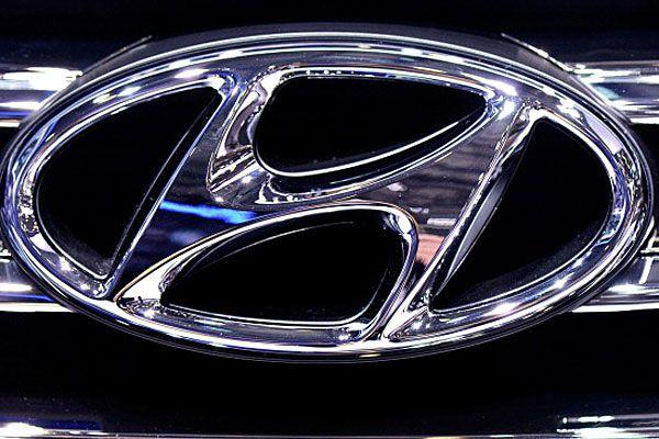 Close up of Hyundai logo