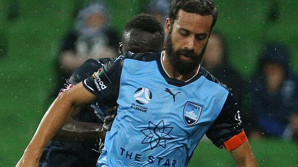 Bobo, Carney win Big Blue for Sydney