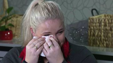 Ms McDonald becomes emotional describing the final threat her ex-boyfriend made to security guards attending her in hospital. Picture: 9NEWS