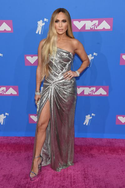 <p> Jennifer Lopez in Versace at the 2018 MTV Video Music Awards</p>
