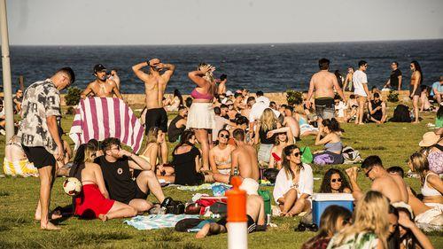 Sydney warm weather