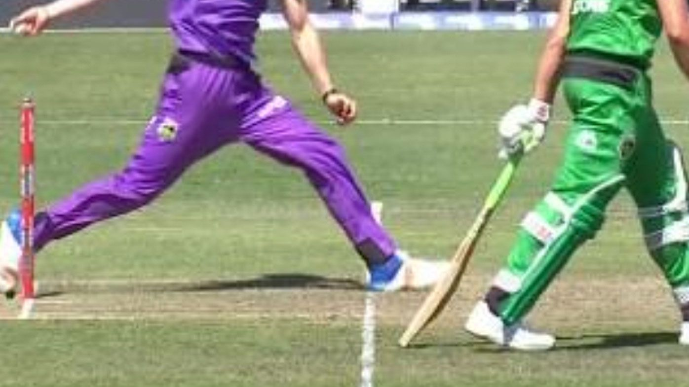 Controversial no-ball costs Hobart Hurricanes in BBL