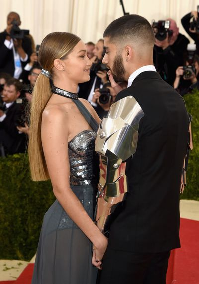 Zayn Malik and Gigi Hadid in Tommy Hilfiger at Manus x Machina: Fashion In An Age Of Technology Met Gala in 2016