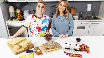 Jane de Graaff and Britt Cohen try the chocolate bar dessert trend