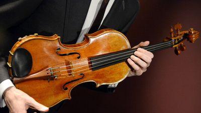 300-year-old viola