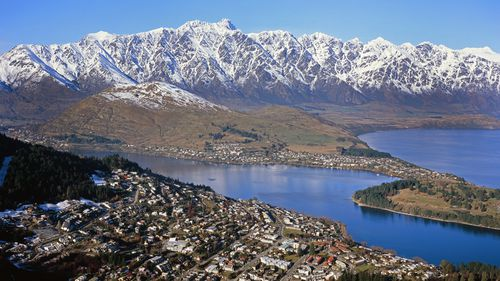 Two Australian residents die climbing in New Zealand's Remarkables mountain range