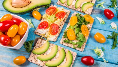 Wholegrain Crackers with Toppings