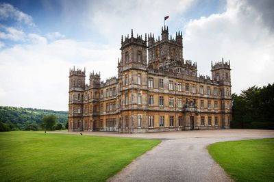 <strong>Downton Abbey</strong>