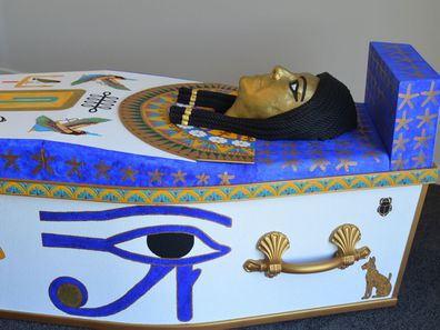 The coffin even features a mould of Sonia's own face.