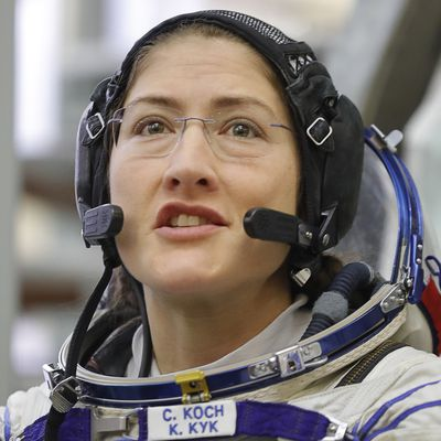 Longest time in space for woman on single mission