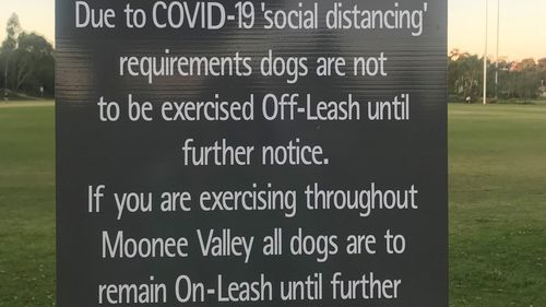 A park at Moonee Valley in Melbourne is now signed as an on-leash zone for dogs, with the council removing all off-leash areas during COVID-19 restrictions.