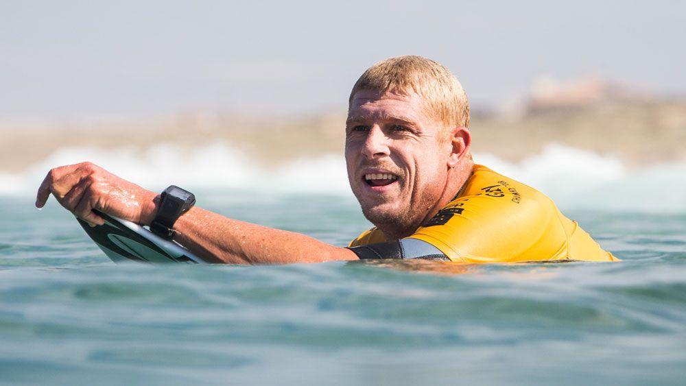 Fanning dominates in Hawaiian surf