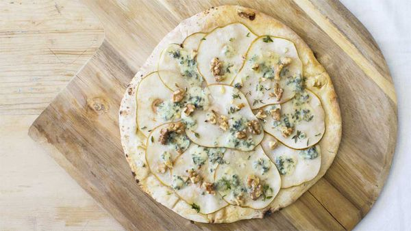 Pear and Gorgonzola pizza. Image: My Food Bag