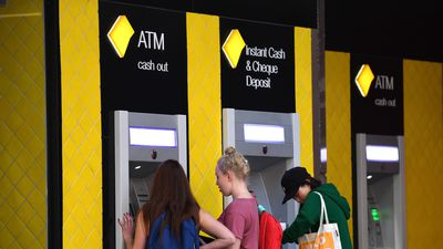 Dead Commonwealth Bank clients were 'charged advice fees'