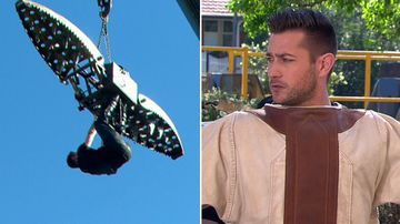 Aussie escape artist's death-defying stunt live on air