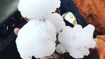 Queensland weather warning following record-breaking hail