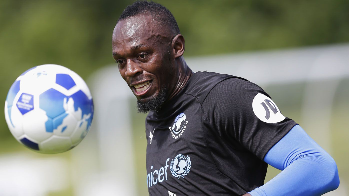 Bolt spurns Europe, starts A-League trial