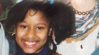 Celebrity throwback photos: Guess who!