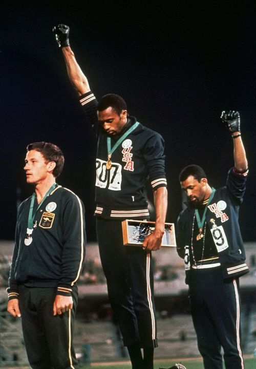US Olympians behind 1968 raised fist protest to meet with President Obama