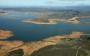 Missing NSW camper's body found in Lake Eucumbene by police divers
