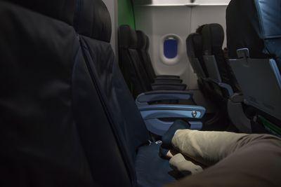 14.Passenger Removing Shoes or Socks - 6%