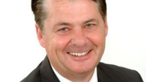 Sydney council candidate Victor Tagg pleads guilty to assaulting Ryde Mayor Bill Pickering