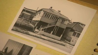 Janet and Norm Richards lived in the Mollison Street home for 60 years, but Janet has put the property on the market due to Norm's death and her own health problems. (9NEWS)