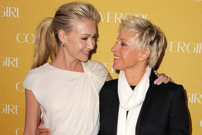 We love, love, love Portia and Ellen...and would totally cry if they ever split. So no going there! They've been going strong since 2004, married in 2008 and share a loving household with three doggies and four cats. Nawwww.