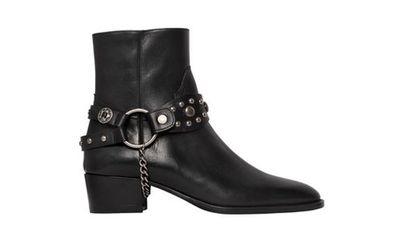 "<a href=""http://www.luisaviaroma.com/index.aspx?#ItemSrv.ashx|SeasonId=61I&amp;CollectionId=G5D&amp;ItemId=23&amp;VendorColorId=MTAwMA2&amp;SeasonMemoCode=actual&amp;GenderMemoCode=women&amp;CategoryId=93&amp;SubLineMemoCode=shoes""> Wyatt Leather Staffa Ankle Boot, $1514, Saint Laurent</a>"