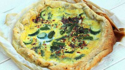 <strong>Asparagus and zucchini cake (torta di asparagi e zucchine)</strong>