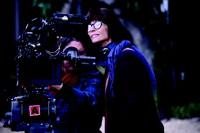 Rachel Ward, Palm Beach, director, on set, camera