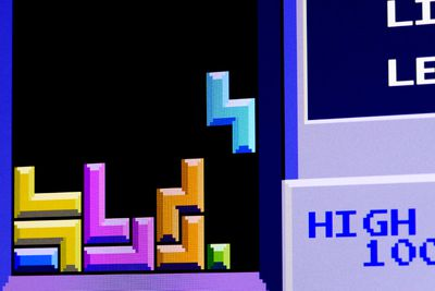Play Tetris for three minutes