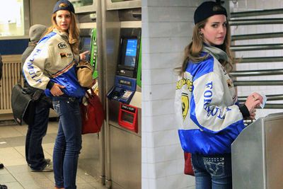 How do you think a songstress travels after a stellar performance on <i>Late Night with David Letterman</i>? On the subway, in fact. And Lana doesn't look too happy about that...