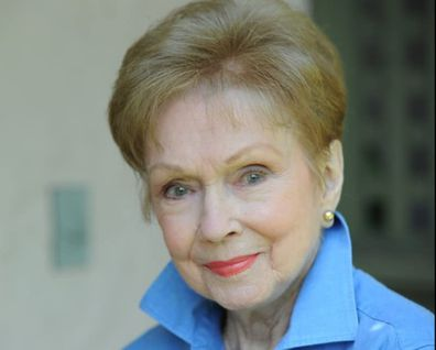 Gloria Henry has died at 98 years of age.