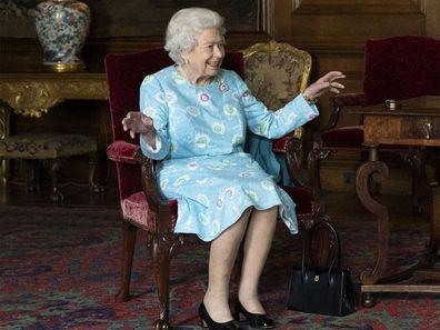 Queen Elizabeth brooches