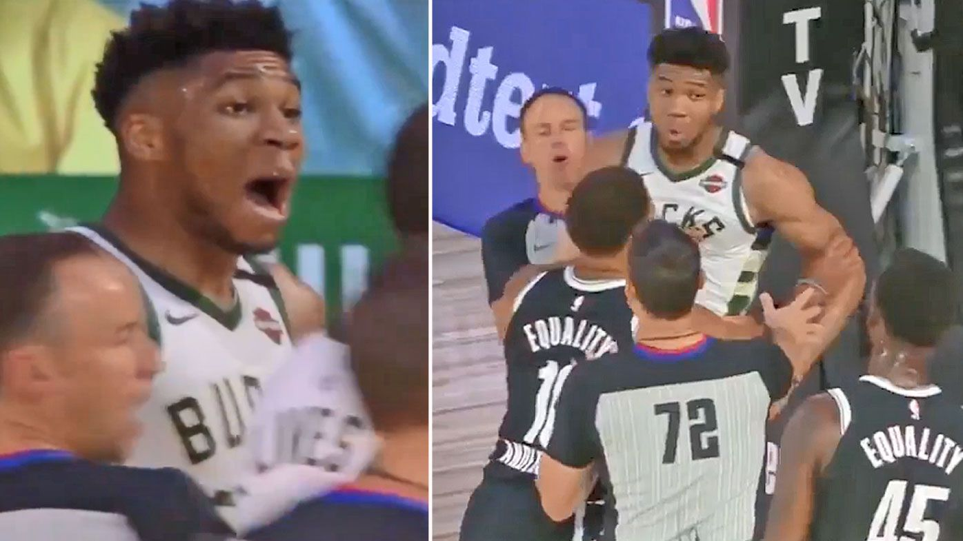 Giannis loses his cool at Donta Hall