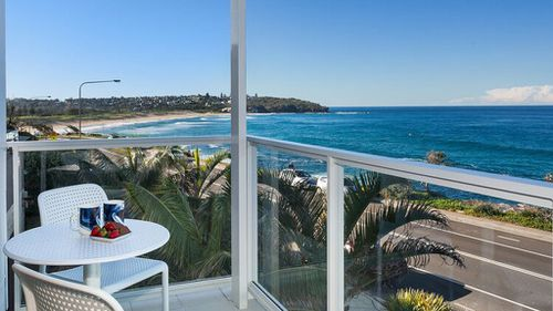 Multi-million dollar beachfront home in Sydney's north to be raffled off