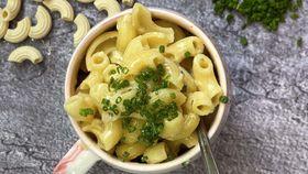 Five minute microwave macaroni cheese