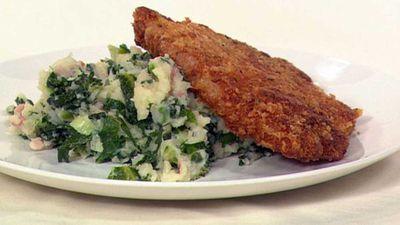 "Recipe:&nbsp;<a href=""http://kitchen.nine.com.au/2016/05/19/16/03/sage-pork-chops-with-kale-colcannon"" target=""_top"" draggable=""false"">Sage pork chops with kale colcannon</a>"