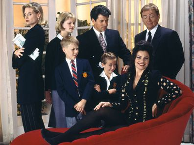 Fran Drescher and The Nanny cast