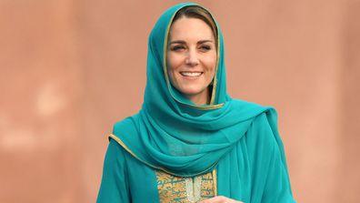 Kate Middleton headscarf