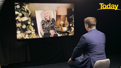 A behind the scenes shot of Karl Stefanovic's interview with Dolly Parton.