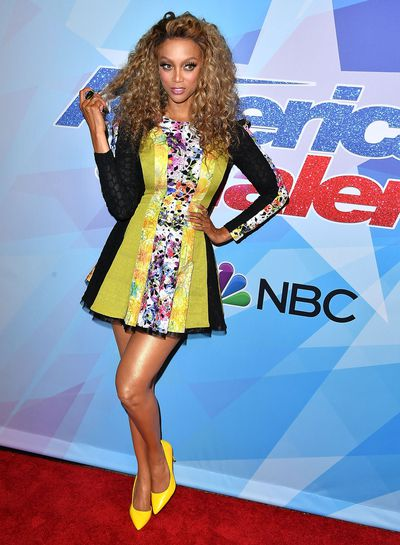 <p>Lose</p> <p>Tyra Banks in Stello at the premiere of America's Got Talent.</p> <p>In this bright ice-skating dress the former supermodel is 43 going on 14.</p>