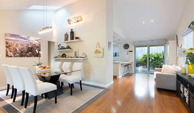 "<a href=""http://www.realestate.com.au/property-house-qld-the+gap-124494978"" target=""_blank"">15 Bogunda Street, The Gap</a>"