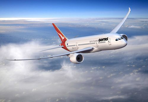 Travelling to London has never been cheaper, with Qantas offering discount fares on its new 787 Dreamliner.
