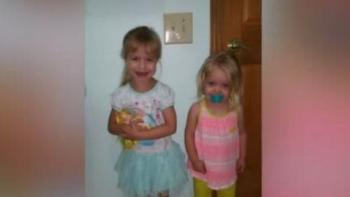 Kaydence and her older sister Salem. (Source: FOX59)